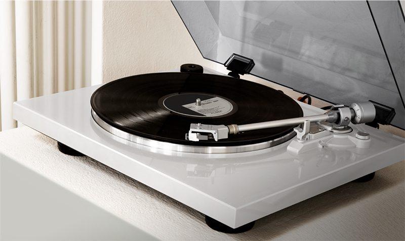 the-joys-of-vintage-vinyl_v685_800x476_2